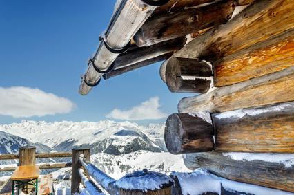 Silvretta Montafon Impression Holzhtte mit Aussicht